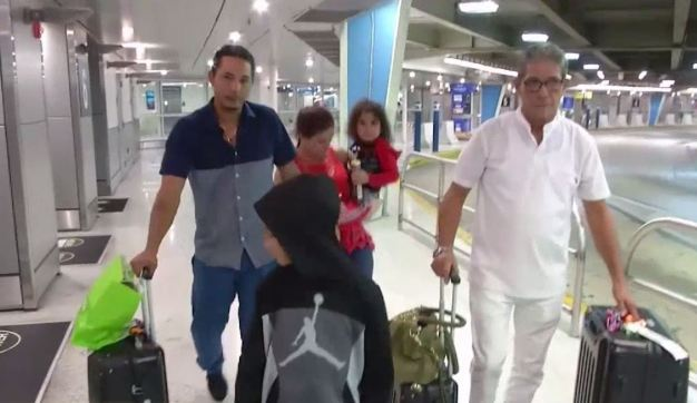 Llegan a Miami cubanos con visas otorgadas en Guyana