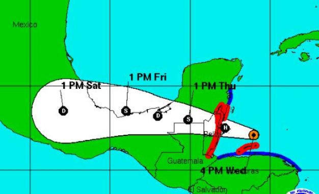 Huracán Earl avanza camino a Honduras y México