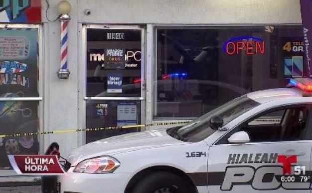 Hombre apuñalado en una tienda en Hialeah