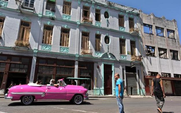 Se desploma la llegada de turistas a Cuba un 7%
