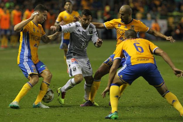 Tigres gana partido de ida en León