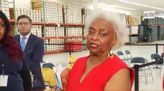 Brenda Snipes renuncia como supervisora de elecciones