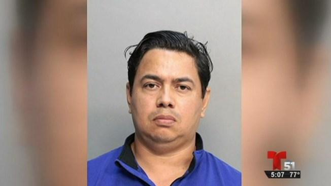 Acusado del secuestro de una joven cerca de FIU
