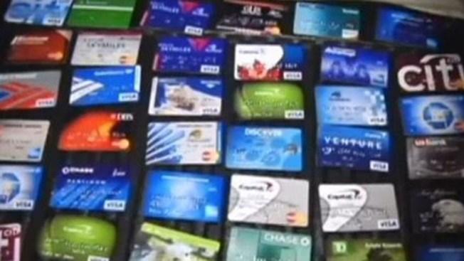 7 arrestos por fraude con tarjetas de crédito