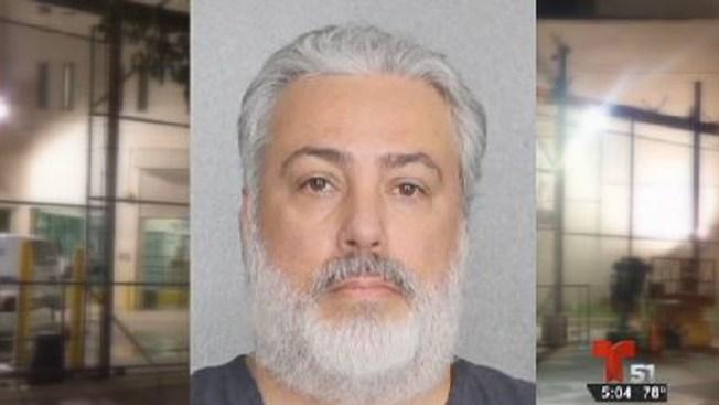 Detective acusado de pornografía infantil
