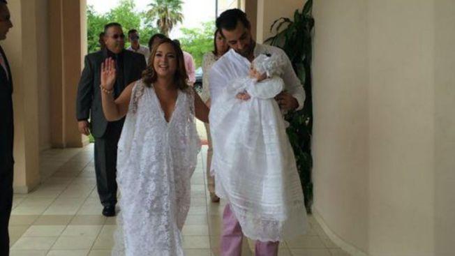 Adamari López bautiza a Alaïa en Puerto Rico