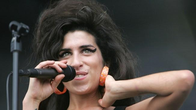 Documental de Winehouse molesta a su familia