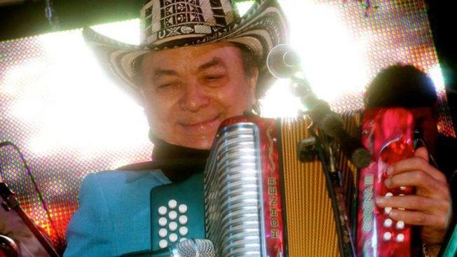 Muere cantante colombiano Aniceto Molina