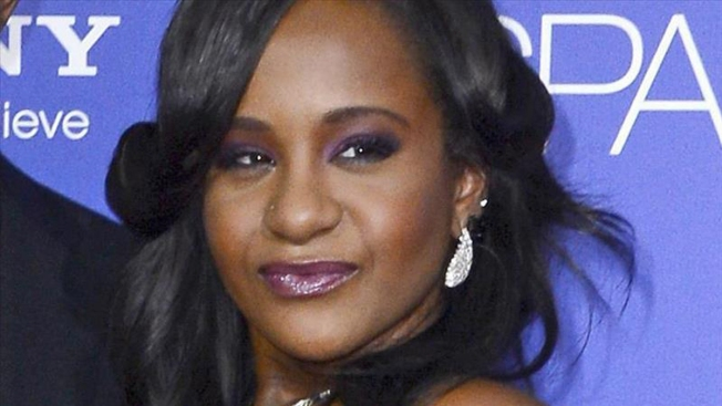 Bobbi Kristina Brown sigue viva