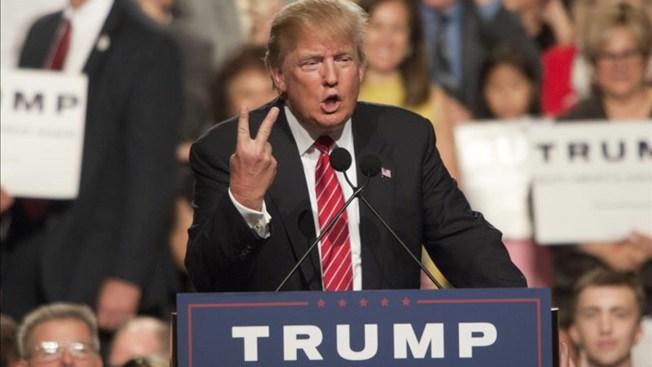 Trump declara tener 10,000 millones de dólares