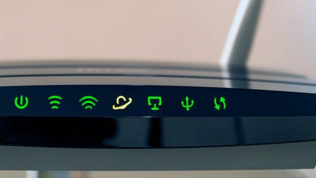 "FBI pide a los usuarios que reinicien sus ""routers"""