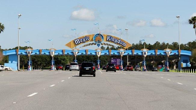 Disney sube precios de entrada a parques