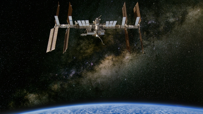 Astronautas recibirán tarde sus regalos de Navidad