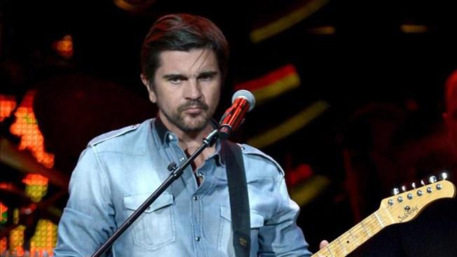 Juanes encabezó concierto navideño para militares