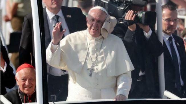 LO ÚLTIMO: Queman helicópteros antes de misa papal en Temuco