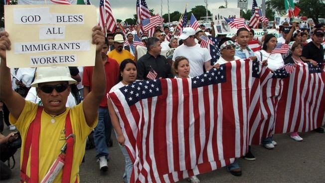 ¿Qué hace falta para ser migrante con estatus legal en EEUU?