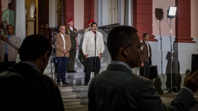 Representante del Vaticano para el diálogo en Venezuela se reúne con Maduro