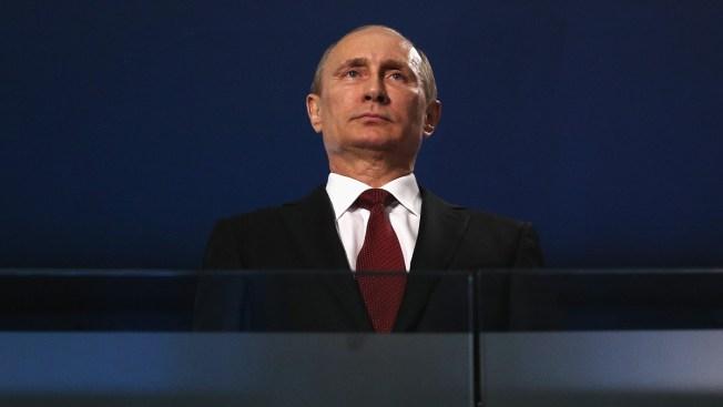 Putin firma ley sobre registro de medios extranjeros en Rusia