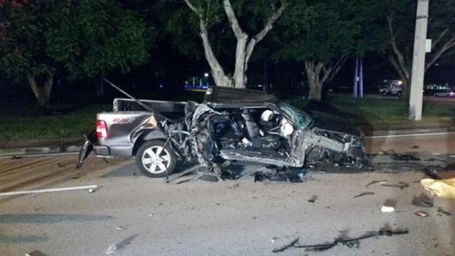 Dos muertos en brutal accidente en Plantation