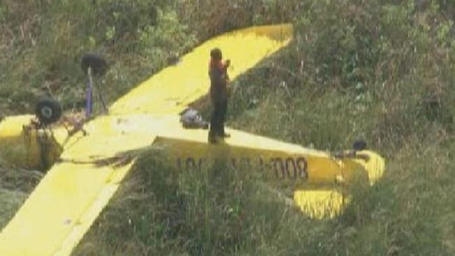 Avión se estrella en los Everglades
