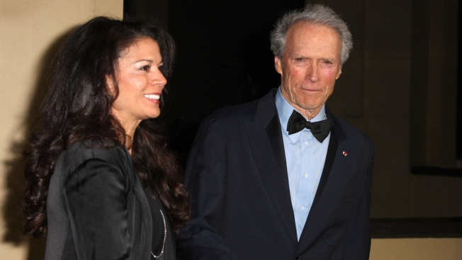 Clint Eastwood se divorcia