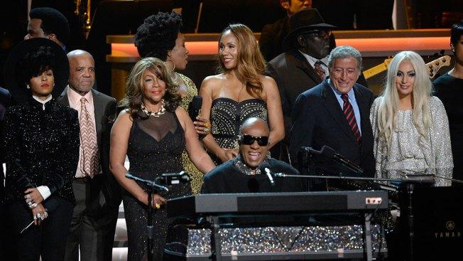 Estrellas rinden tributo a Stevie Wonder