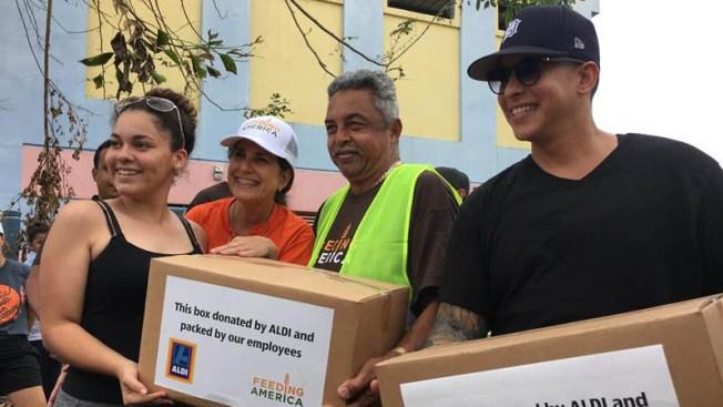 Daddy Yankee entrega 400 cajas de alimentos en Puerto Rico