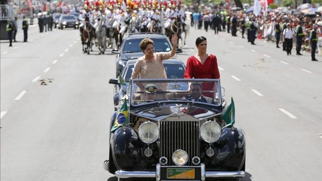 Dilma Rousseff asume difícil segundo mandato