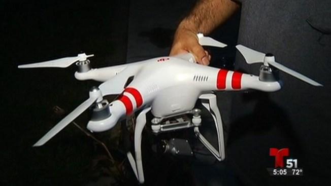 Un drone se estrella contra casa en Hialeah