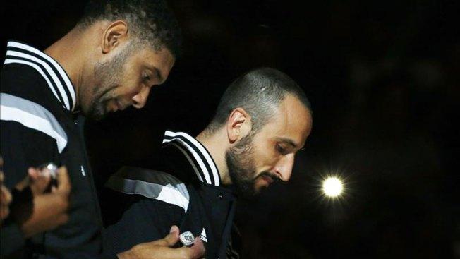 Ginóbili lidera a Spurs en victoria contra Hornets