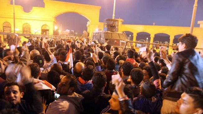 Suspenden liga de fútbol en Egipto