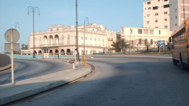 Europa dividida en política hacia Cuba