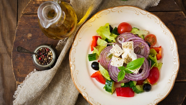 Estudio: Dieta mediterránea combate la depresión severa