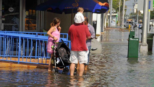 Vigilancia de inundaciones para partes del sur de la Florida