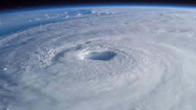Cinco artículos que debe tener en su kit de tormentas