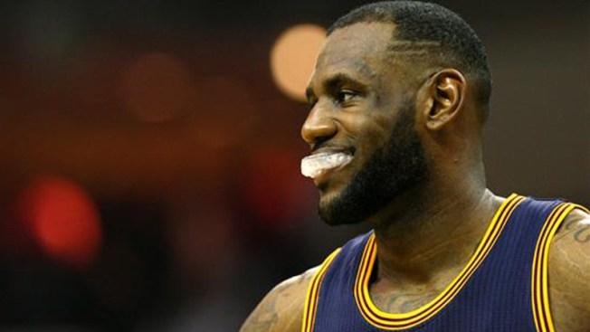 LeBron y los Cavaliers humillan al Miami Heat