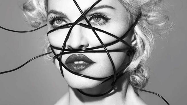 "Madonna estrena ""Living For Love"""
