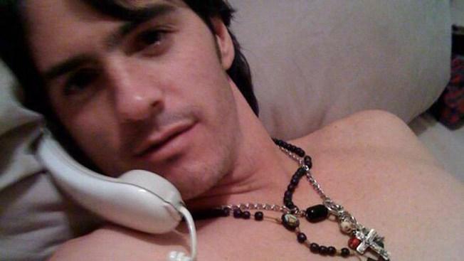 Filtran selfies de Mauricio Ochmann desnudo