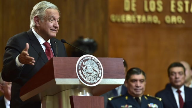 AMLO promueve nueva Constitución que recupere ideales - Telemundo 51 49b3aeb01edf2