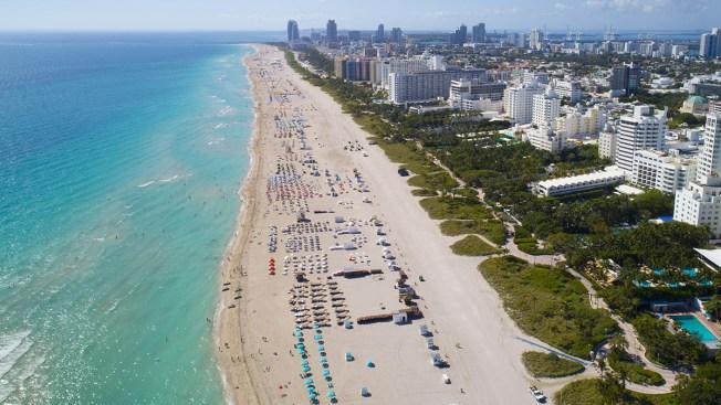 Advertencia Por Contaminación En Playa De Miami Beach