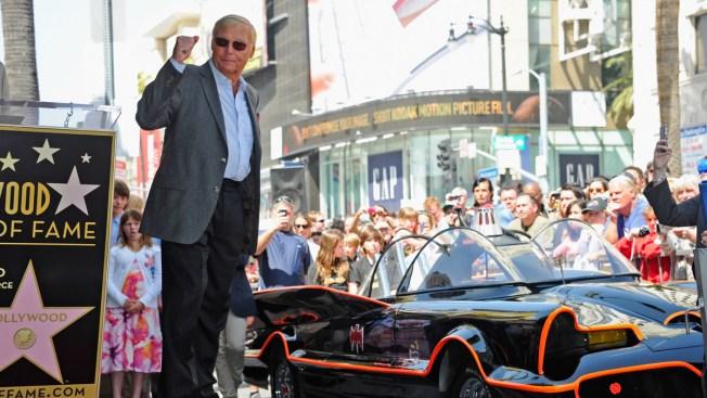 Falleció Adam West, el mítico protagonista de Batman