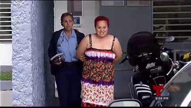 Directo a la cárcel mujer que apuñaló a perro