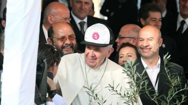 """El Papa pide """"hospitalidad"""" en misa en Paraguay"""