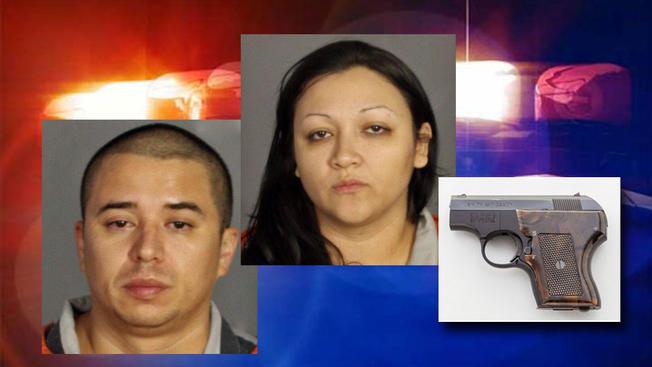 Mujer escondía una pistola en su vagina
