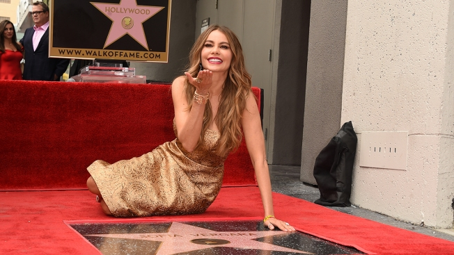 Sofía Vergara devela su estrella en Hollywood