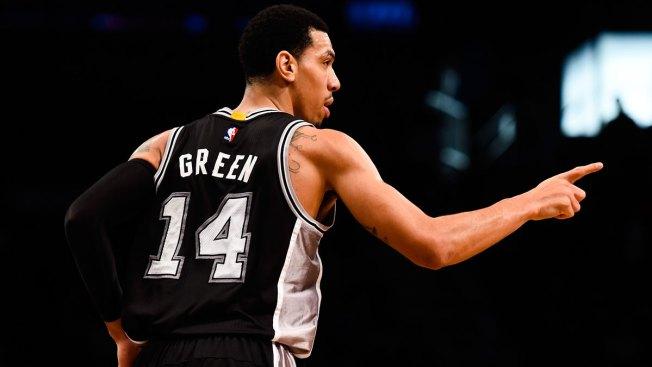 Sin sus estrellas, Spurs apalearon a Knicks