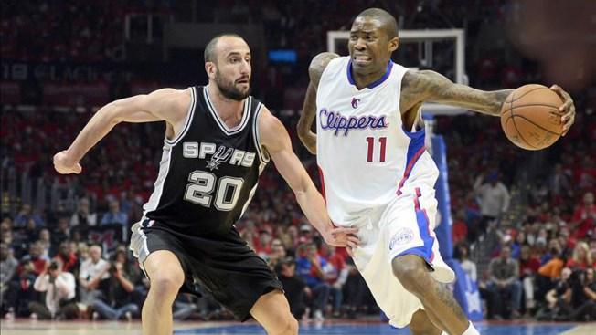 Paul, Griffin brillan ante Spurs en inicio de playoffs