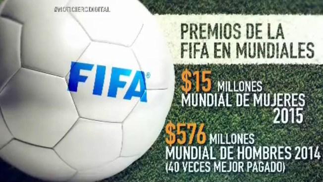 Mujeres futbolistas exigen mejor paga