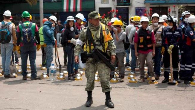 Oficial de Marina mexicana se disculpa por informes de una niña Frida