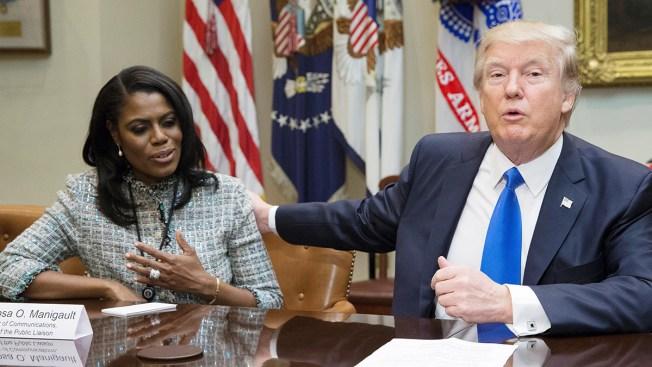 Exasesora de Trump dice que grabó conversaciones con el presidente